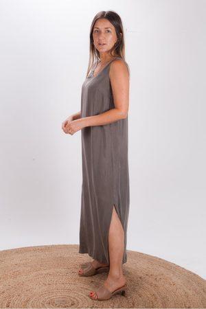 CREA Long Sleeveless Dress