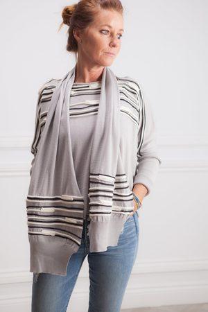 Crea Concept Pattern Yolk Knit
