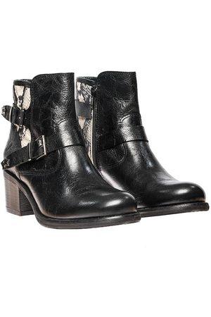 Eva Felmini Vegas +Cobra Ankle Boots - B943