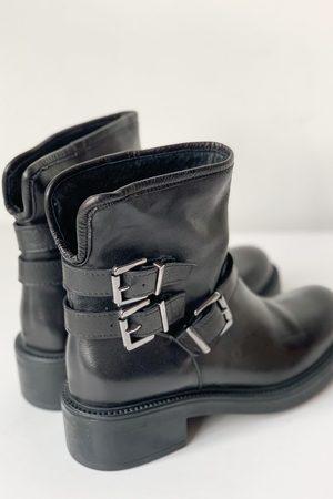 Portamento Hopper Black Biker Boots