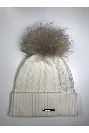 BKLYN Cable Knit Neutral Pom Pom
