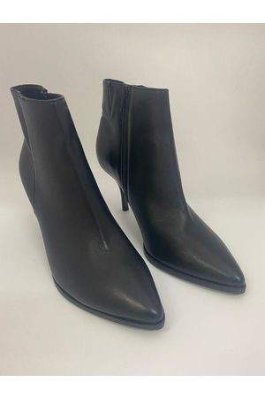 Kennel & Schmenger Leather Ankle Boot 21-77110-310
