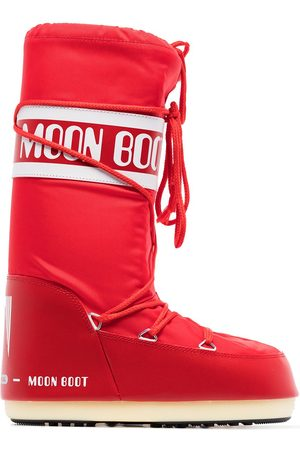 Moon Boot Icon logo snow boots