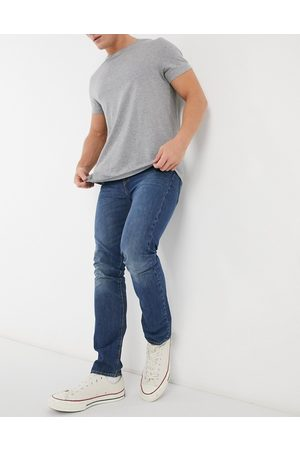 Levi's 510 skinny fit Moose Tracks jeans in mid wash