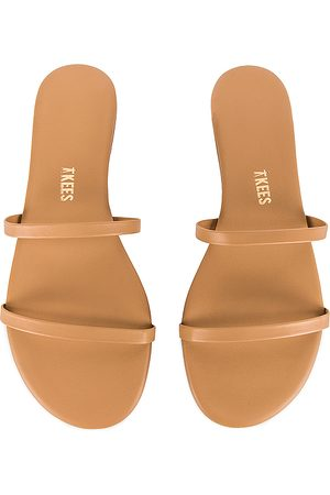 Tkees Gemma Sandal in ,Brown. Size 8, 9.