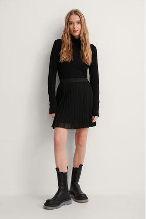 NA-KD Women Pleated Skirts - Mini Pleated Skirt - Black