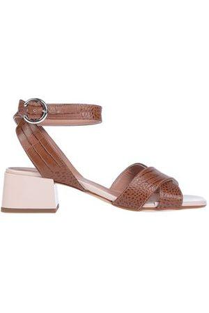 Janet&Janet FOOTWEAR - Sandals