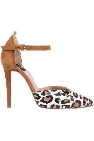 ISLO ISABELLA LORUSSO Women Heels - FOOTWEAR - Courts