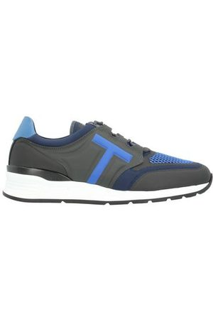 Tod's Men Trainers - FOOTWEAR - Low-tops & sneakers