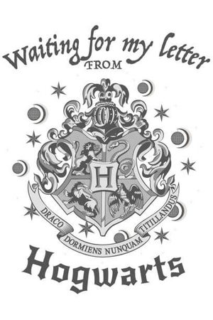 Harry Potter Waiting For My Letter From Hogwarts Women's T-Shirt