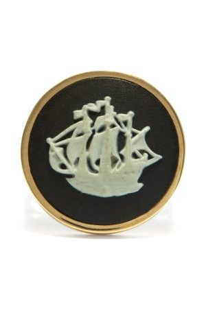 Ferian Galleon Wedgwood Cameo & 9kt Gold Signet Ring - Womens