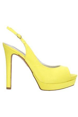 Pura Lopez FOOTWEAR - Sandals