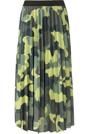 Margittes Women Pleated Skirts - Pleated skirt size: 10