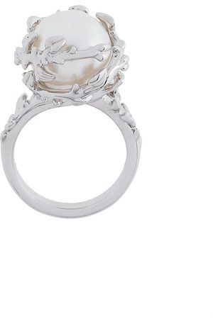 KASUN LONDON Fairytale pearl ring - Metallic