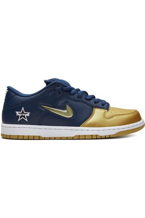 Nike Trainers - X Supreme SB Dunk Low OG sneakers