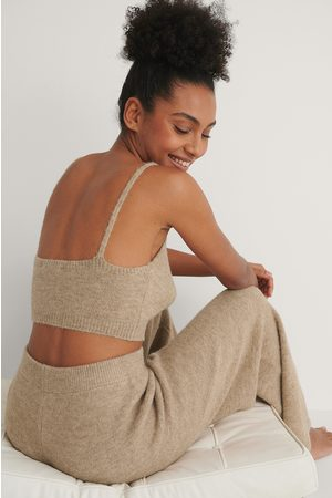 NA-KD Knitted Cropped Top - Beige