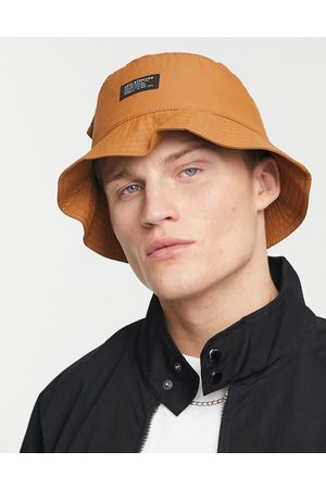 Levi's Bucket hat in tan with pocket