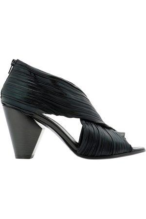 Strategia Women Sandals - WOMEN'S A4450NERO LEATHER SANDALS