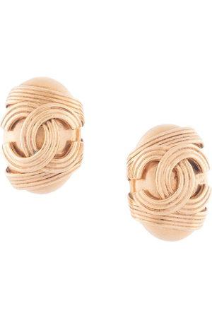 CHANEL 1994 CC logo oval earrings