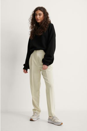 Melissa Bentsen x NA-KD Women Trousers - Tapered Suit Pants - Beige