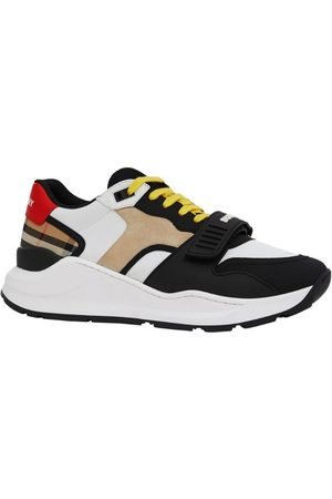 Burberry Panelled low-top sneakers