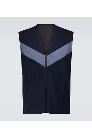 GR10K Men Backend vest