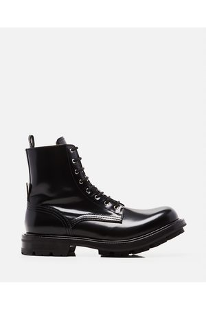 Alexander McQueen Men Boots - Worker lace-up ankle boots size 43