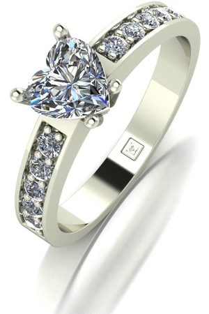 Moissanite Lady Lynsey 9Ct White 1.30Ct Total Heart Solitaire Ring