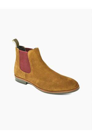 Front Douglas Suede Chelsea Boots