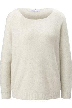 Peter Hahn Jumper long sleeves and boat neck size: 10
