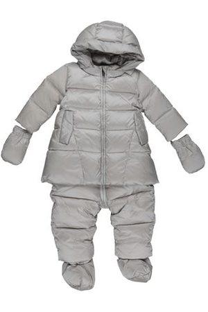 add COATS & JACKETS - Snow Wear