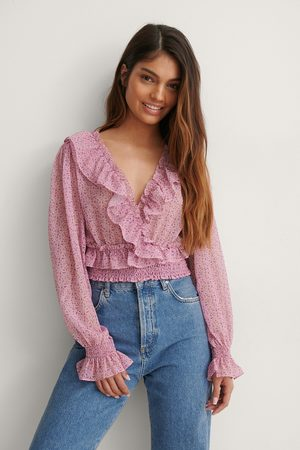 NA-KD Recycled Cropped Flounce LS Blouse - Pink