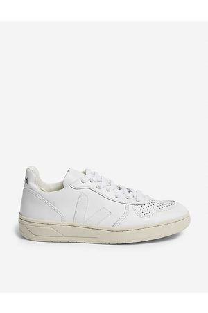 Veja Women Trainers - V-10 Leather Trainers