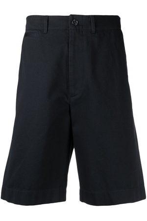 Gucci Men Bermudas - Logo-patch bermuda shorts