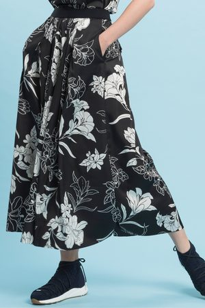 High Showy Floral Trousers
