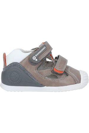 BIOMECANICS FOOTWEAR - Sandals