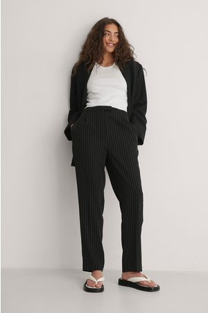 NA-KD Women Trousers - Pinstriped Cropped Suit Pants - Black