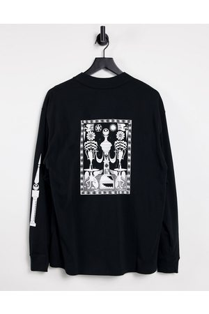 Nike Mock neck graphic long sleeve t-shirt in