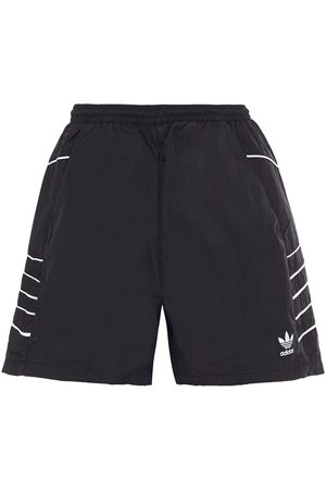 adidas Woman Shell Shorts Size 30