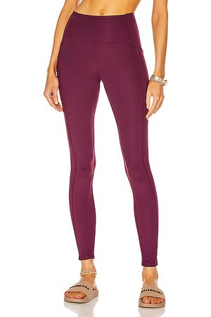 GIRLFRIEND COLLECTIVE High-Rise Pocket Legging in Plum