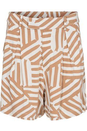 Numph Women Shorts - Nucreek Tannin Shorts