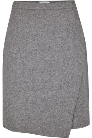 Second Female Zuma Skirt