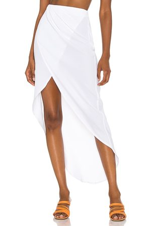 superdown Arielle Slit Maxi Skirt in . Size XXS, XS, S, M, XL.