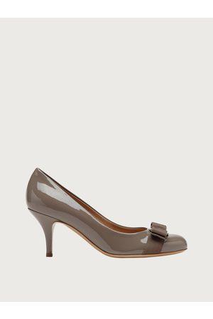 Salvatore Ferragamo Women Heels - Women Vara Bow pump shoe Size 3