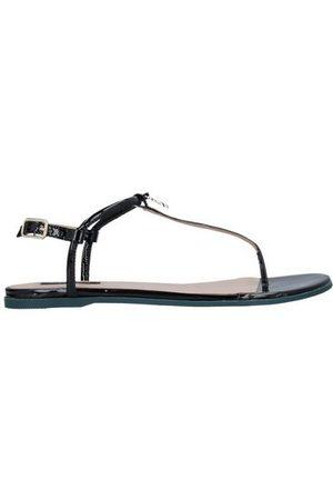 Patrizia Pepe FOOTWEAR - Toe post sandals