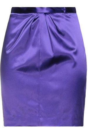 Space Simona Corsellini SKIRTS - Knee length skirts