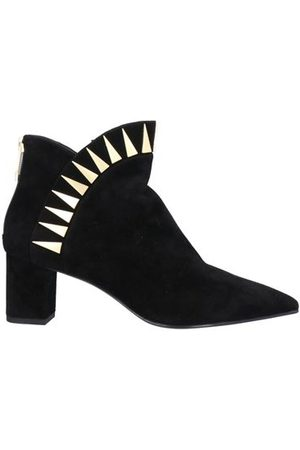 What For Women Boots - FOOTWEAR - Shoe boots