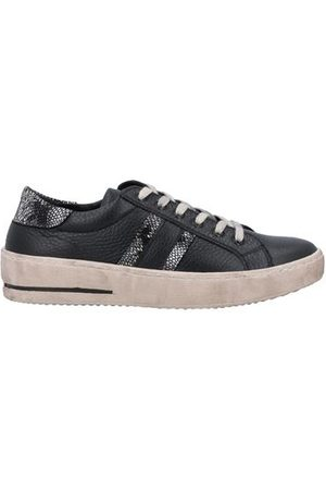 NILA & NILA FOOTWEAR - Low-tops & sneakers
