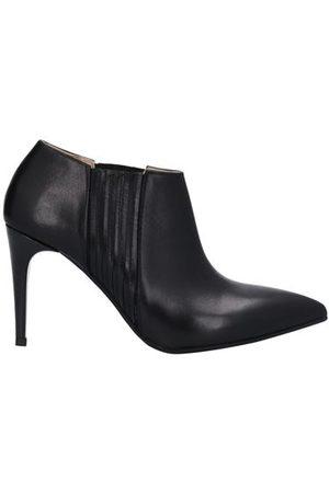 STELE FOOTWEAR - Shoe boots