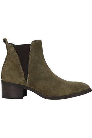 TSD12 FOOTWEAR - Ankle boots
